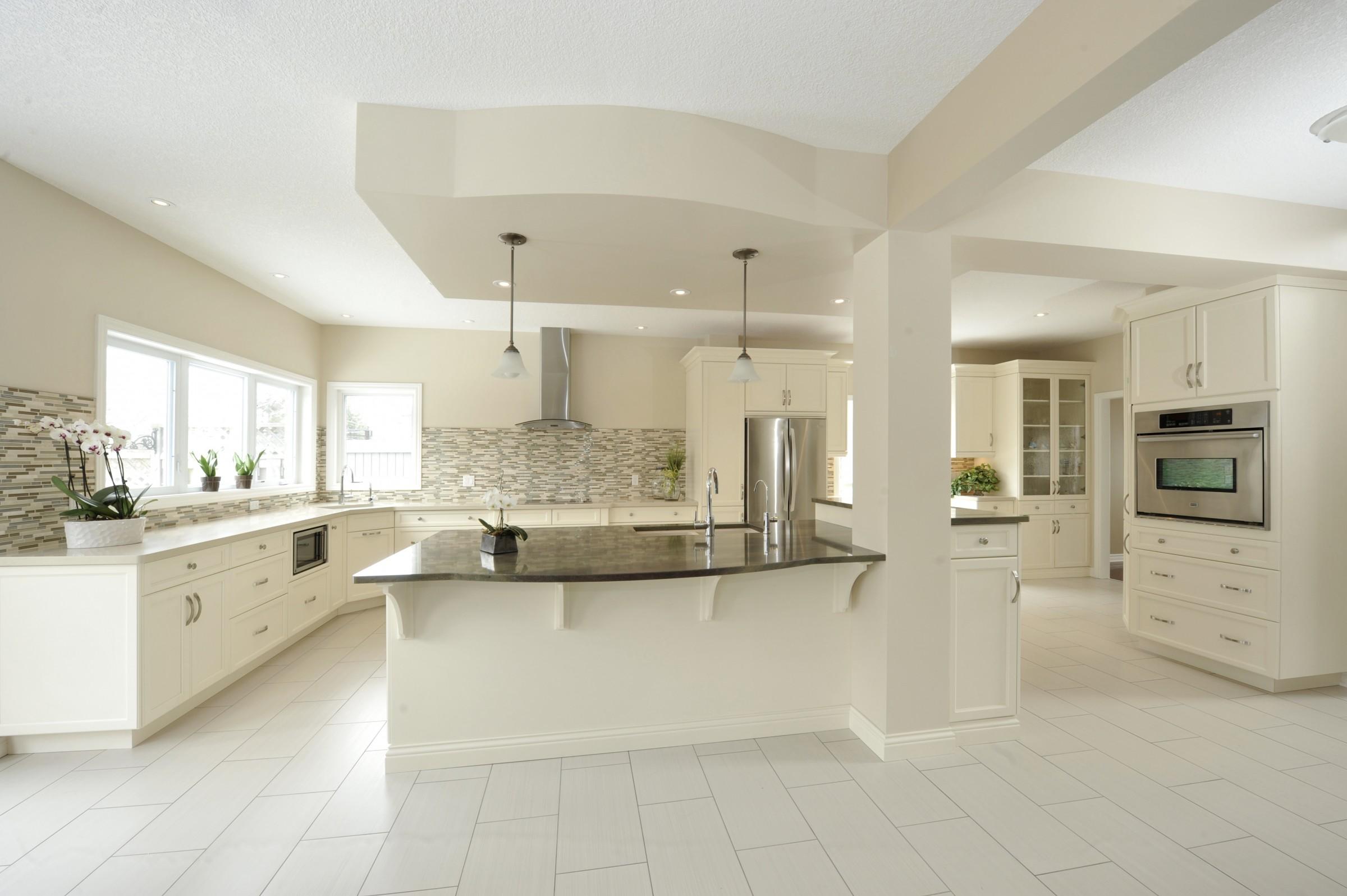 Round kitchen island sims 4 kitchen design tumblr for Floor decor reno